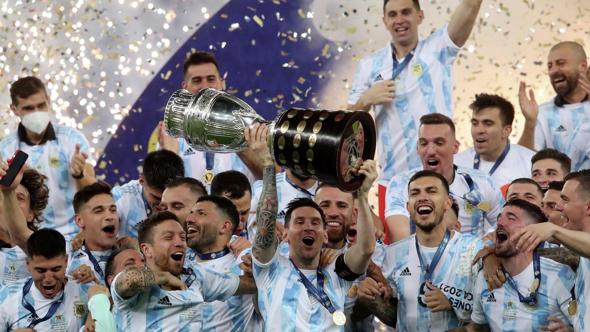 La selección argentina tras su victoria en la Copa América - Sputnik Mundo, 1920, 12.07.2021