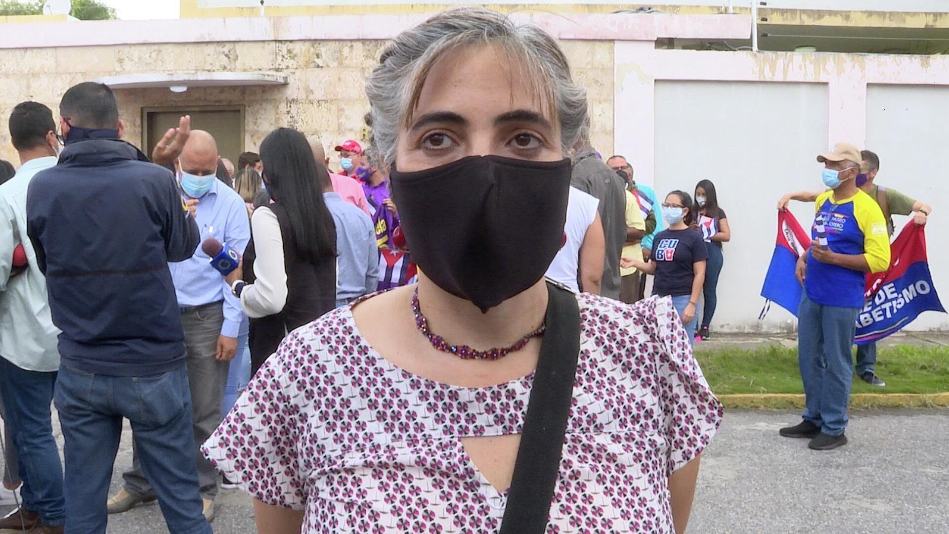 María Fernanda Barreto, escritora colombo-venezolana: Cuba no está sola, los pueblos del mundo estamos con ella - Sputnik Mundo, 1920, 12.07.2021