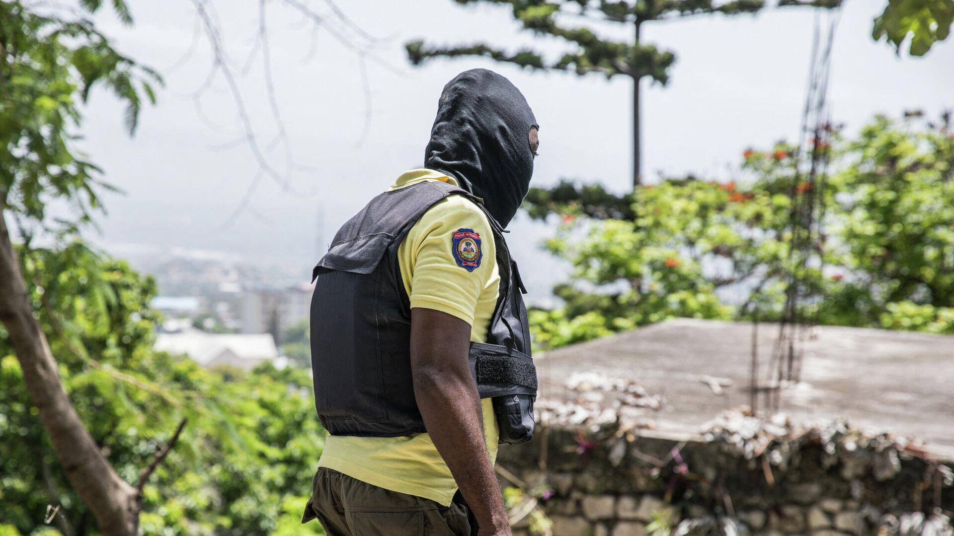 Agente de policía de Haití en Puerto Príncipe - Sputnik Mundo, 1920, 13.07.2021