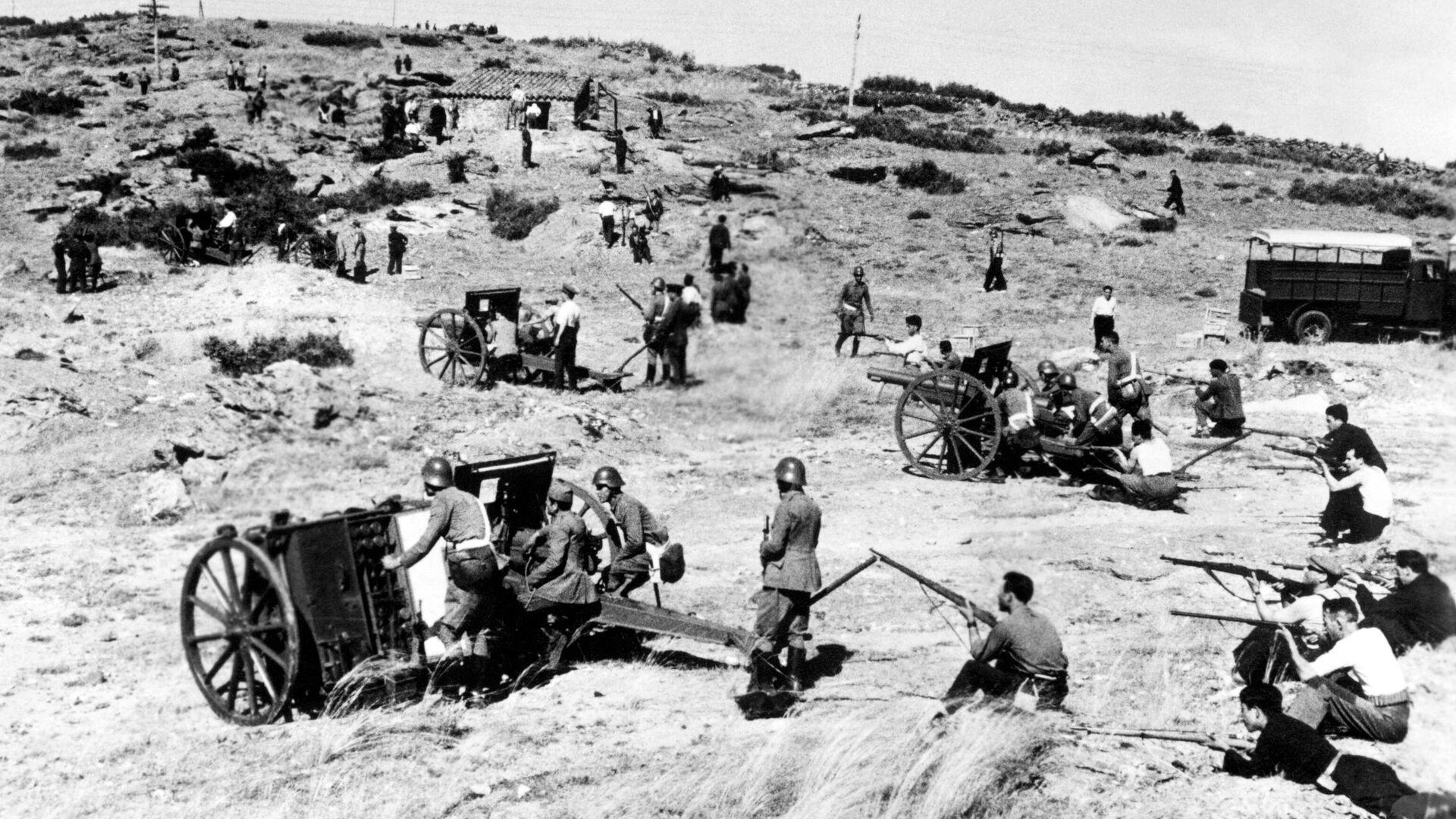 Soldados republicanos en el frente de la Sierra de Guadarrama (Madrid) - Sputnik Mundo, 1920, 16.07.2021