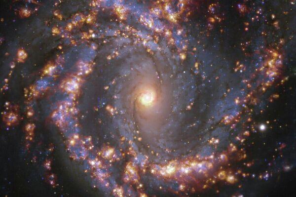 La galaxia NGC 4303 - Sputnik Mundo