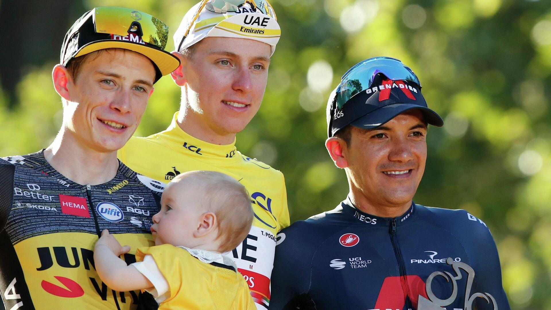 Tadej Pogacar gana su segundo tour con el sorprendente Vingegaard y Carapaz en el podio final