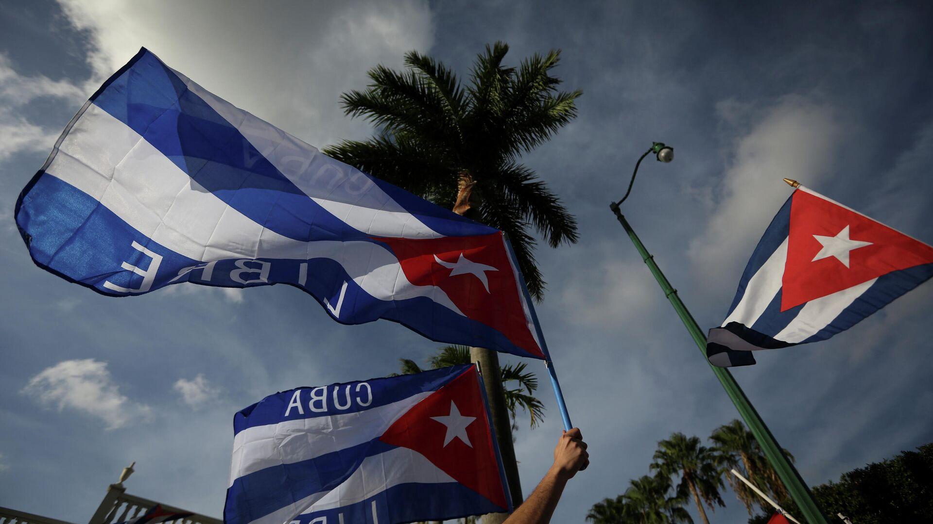 Cubanos protestando en Miami, EEUU - Sputnik Mundo, 1920, 19.07.2021