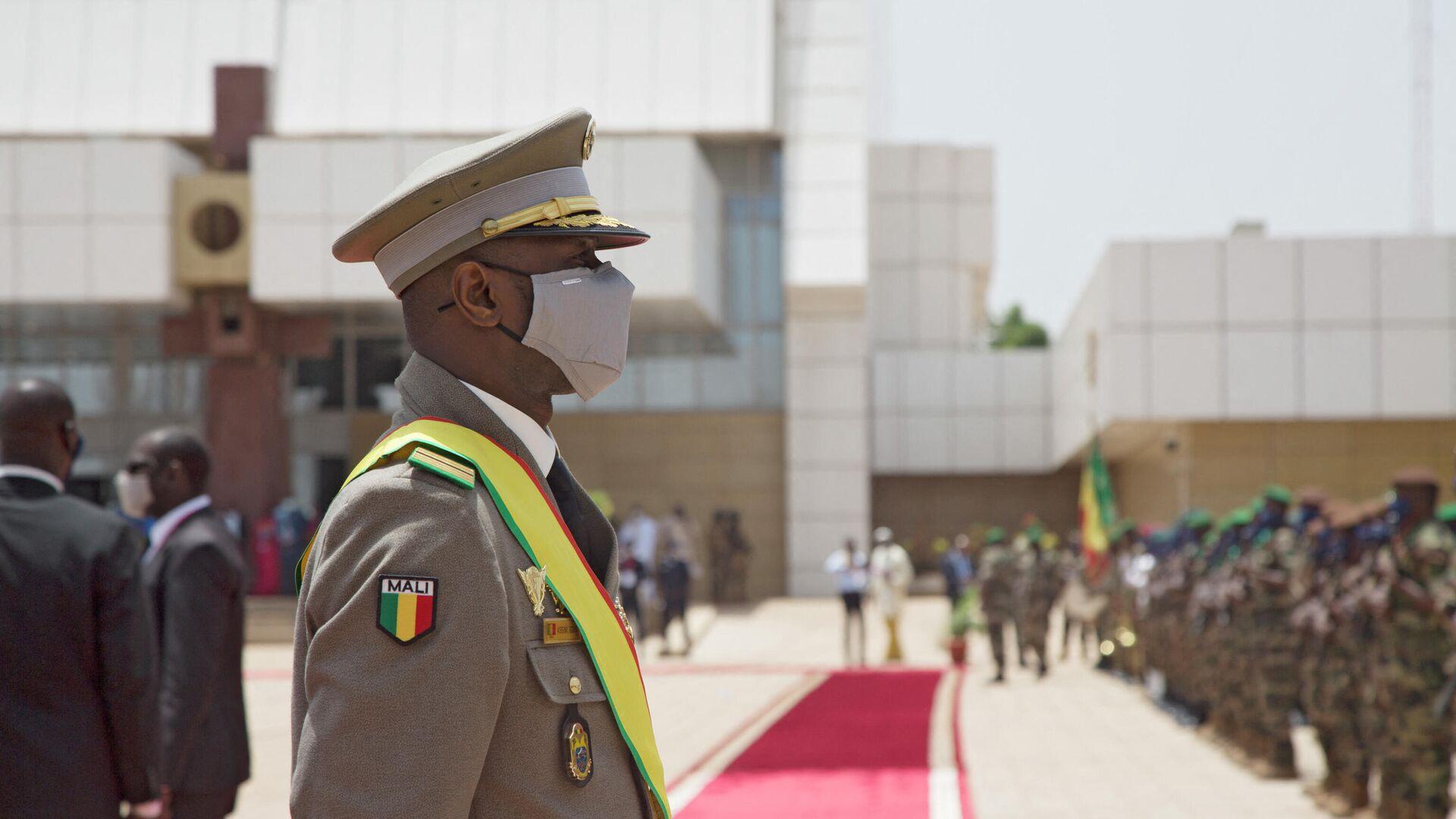 El presidente interino de Malí, el coronel Assimi Goita - Sputnik Mundo, 1920, 20.07.2021