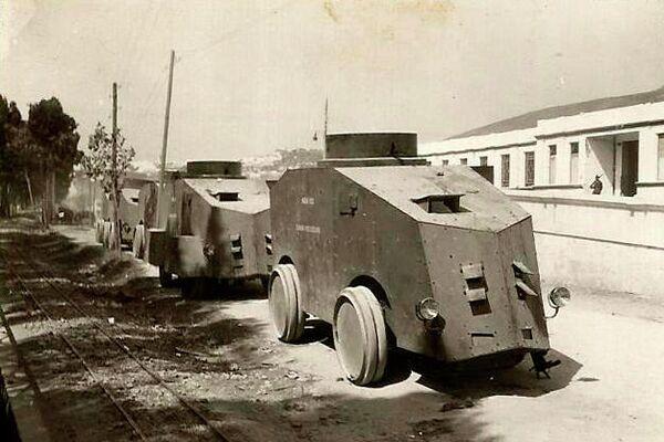 Fila de camiones blindado - Sputnik Mundo