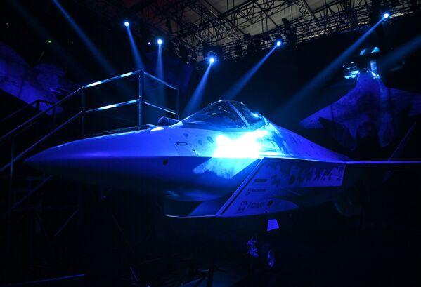 El primer vuelo del novedoso caza Checkmate está programado para el año 2023. - Sputnik Mundo