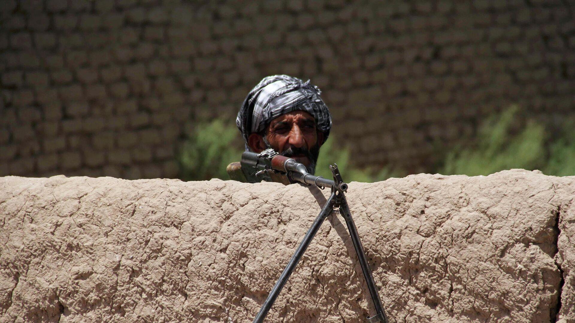 Hombre armado en Afganistán - Sputnik Mundo, 1920, 22.07.2021