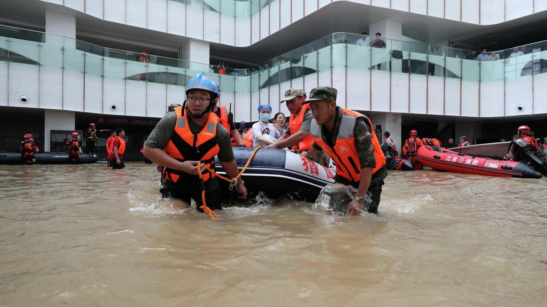 Asciende el número de muertos por inundaciones en China - 23.07.2021,  Sputnik Mundo