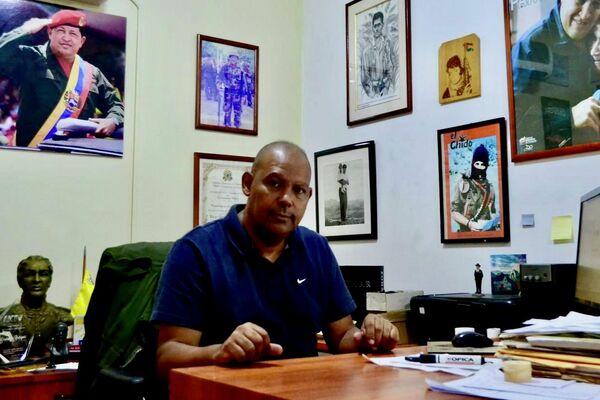 Juan Contreras de la Coordinadora Simón Bolívar, más de 27 años de trabajo educativo, social y cultural - Sputnik Mundo