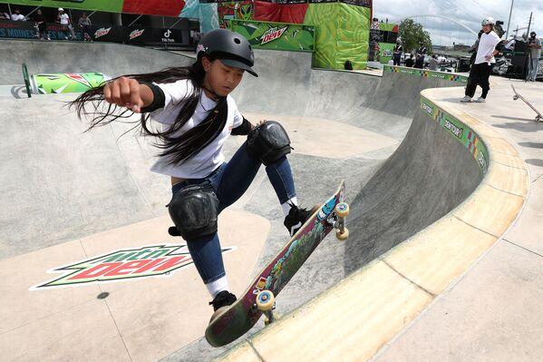 La skater japonesa Kokona Hiraki también tiene 12 años. - Sputnik Mundo