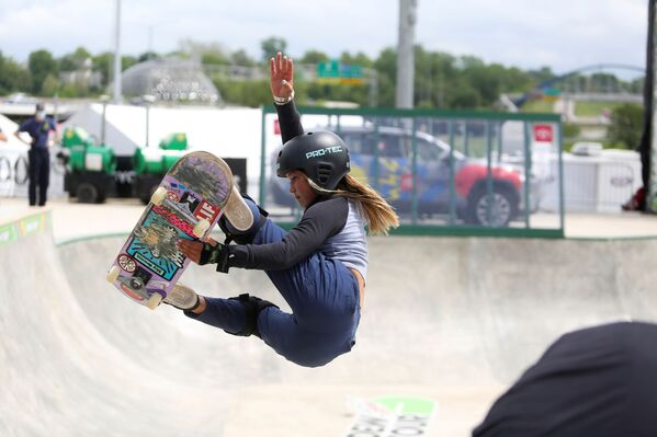 La skater británica Sky Brown, de 13 años. - Sputnik Mundo