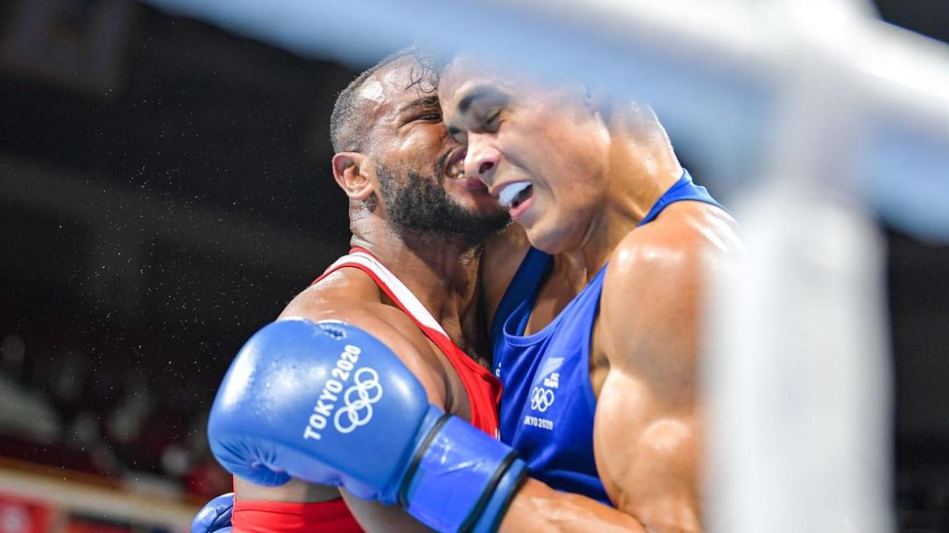 Los boxeadores Youness Baalla y David Nyika - Sputnik Mundo, 1920, 27.07.2021