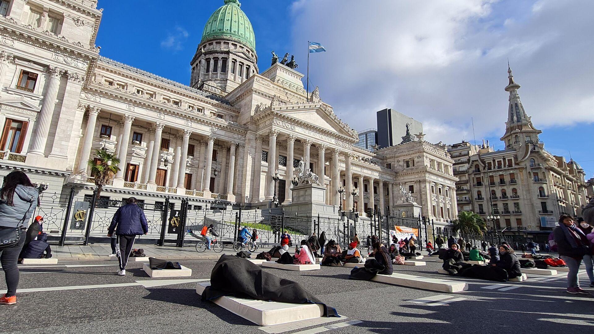 'Colchonazo' en reclamo por las personas en situación de calle en Argentina - Sputnik Mundo, 1920, 28.07.2021