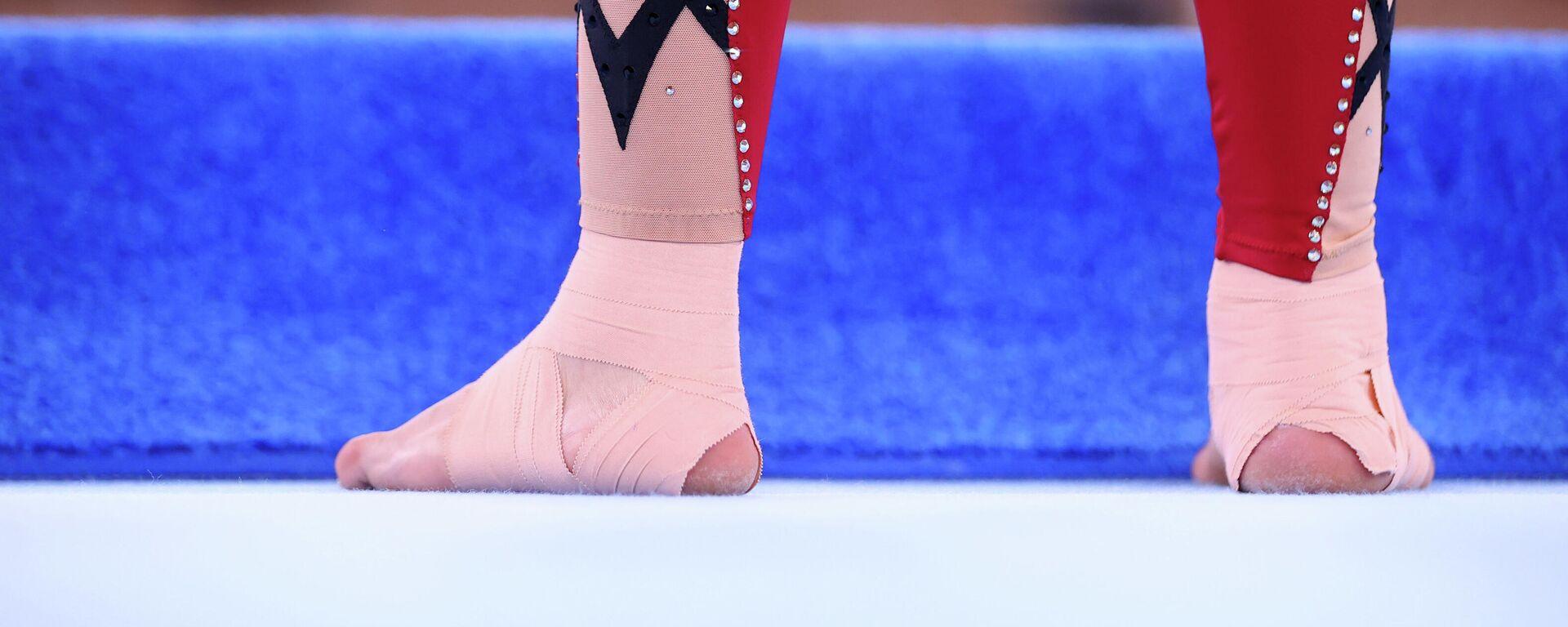 Pies de una de las gimnastas alemanas en los Juegos Olímpicos de Tokio 2020 - Sputnik Mundo, 1920, 30.07.2021