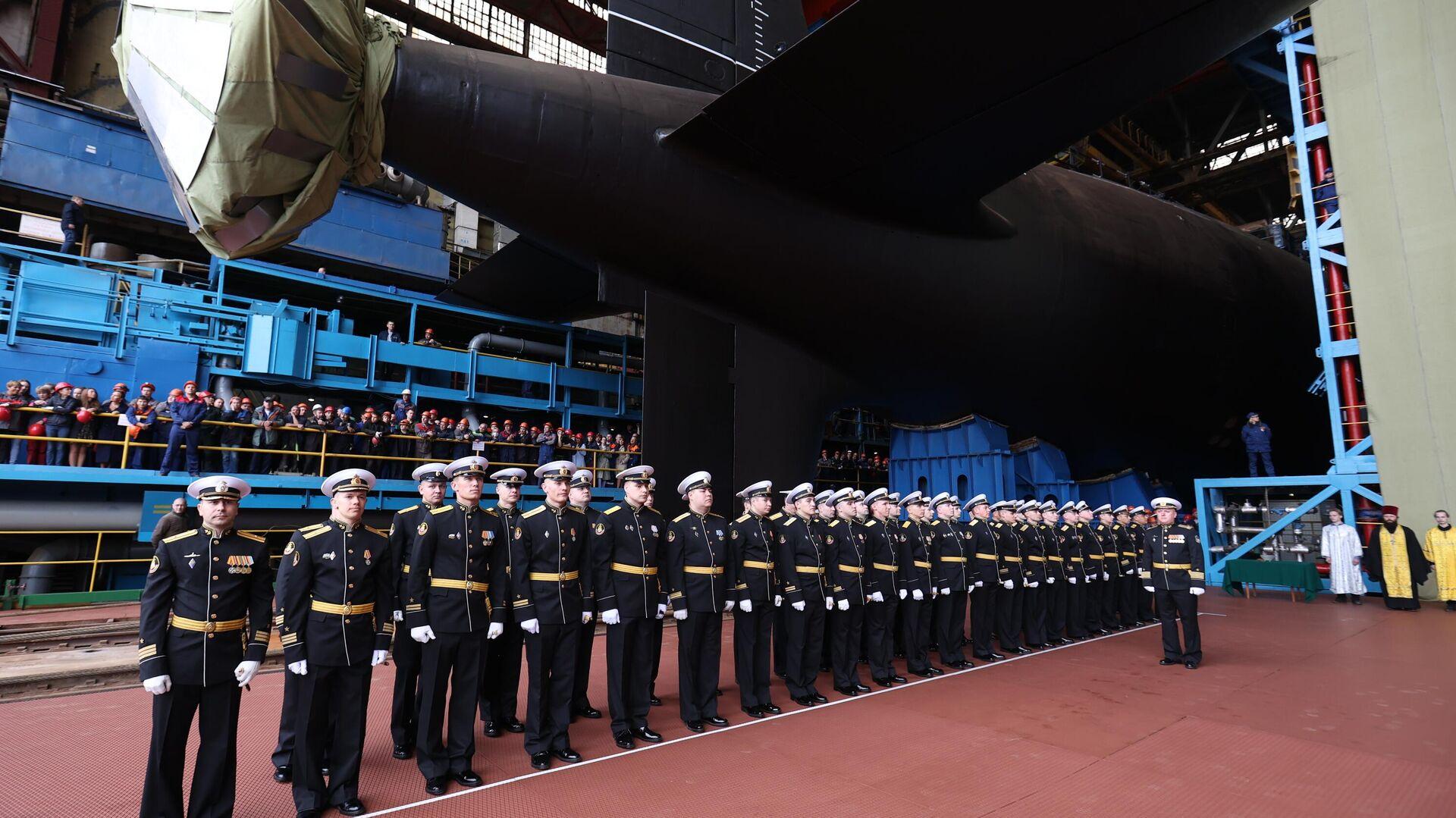 La ceremonia de botadura del submarino nuclear de la cuarta generación Krasnoyarsk - Sputnik Mundo, 1920, 31.07.2021