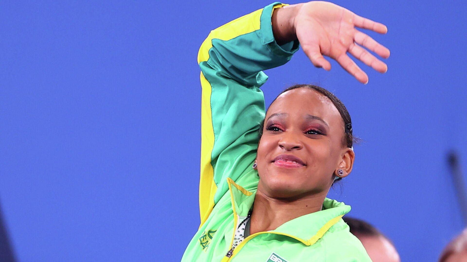 La gimnasta brasileña Rebeca Andrade celebra su victoria en los JJOO Tokio 2020, el 1 de agosto - Sputnik Mundo, 1920, 01.08.2021