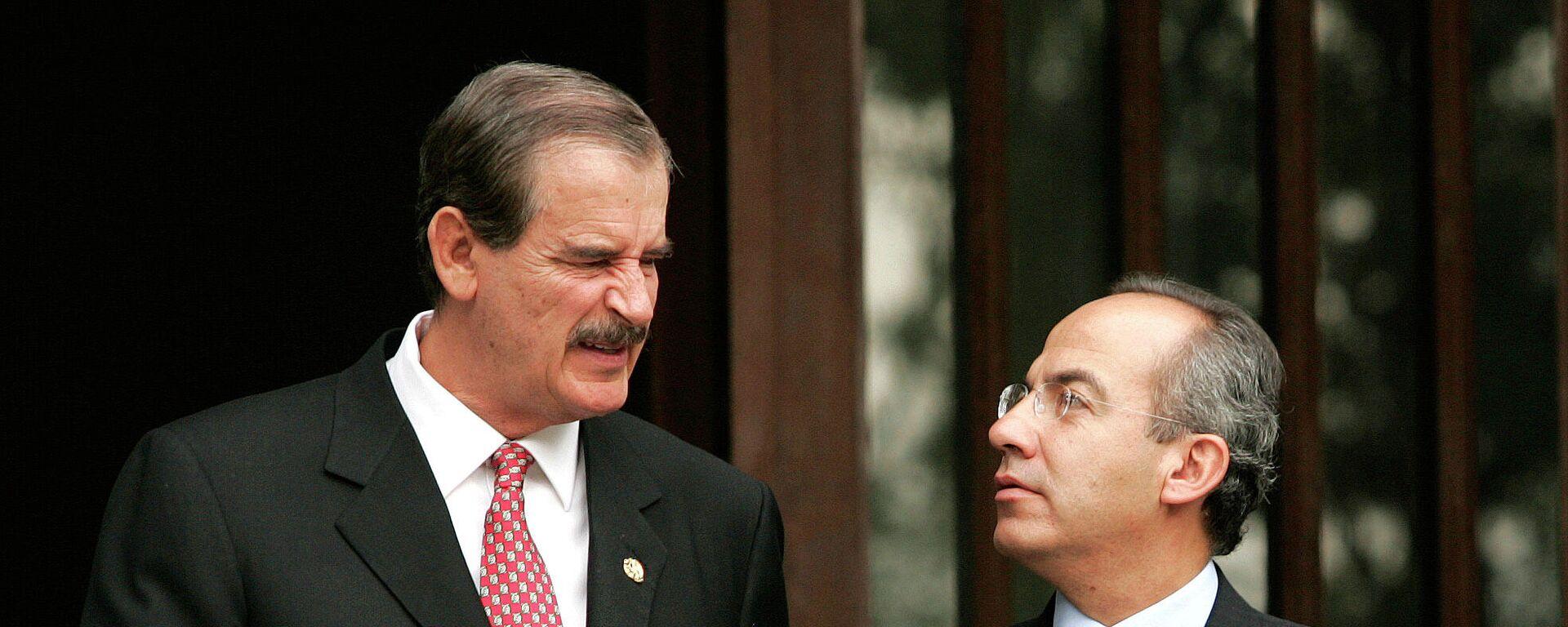 Los expresidentes mexicanos Vicente Fox y Felipe Calderón, Ciudad de México, el 21 de septiembre de 2006 - Sputnik Mundo, 1920, 01.08.2021