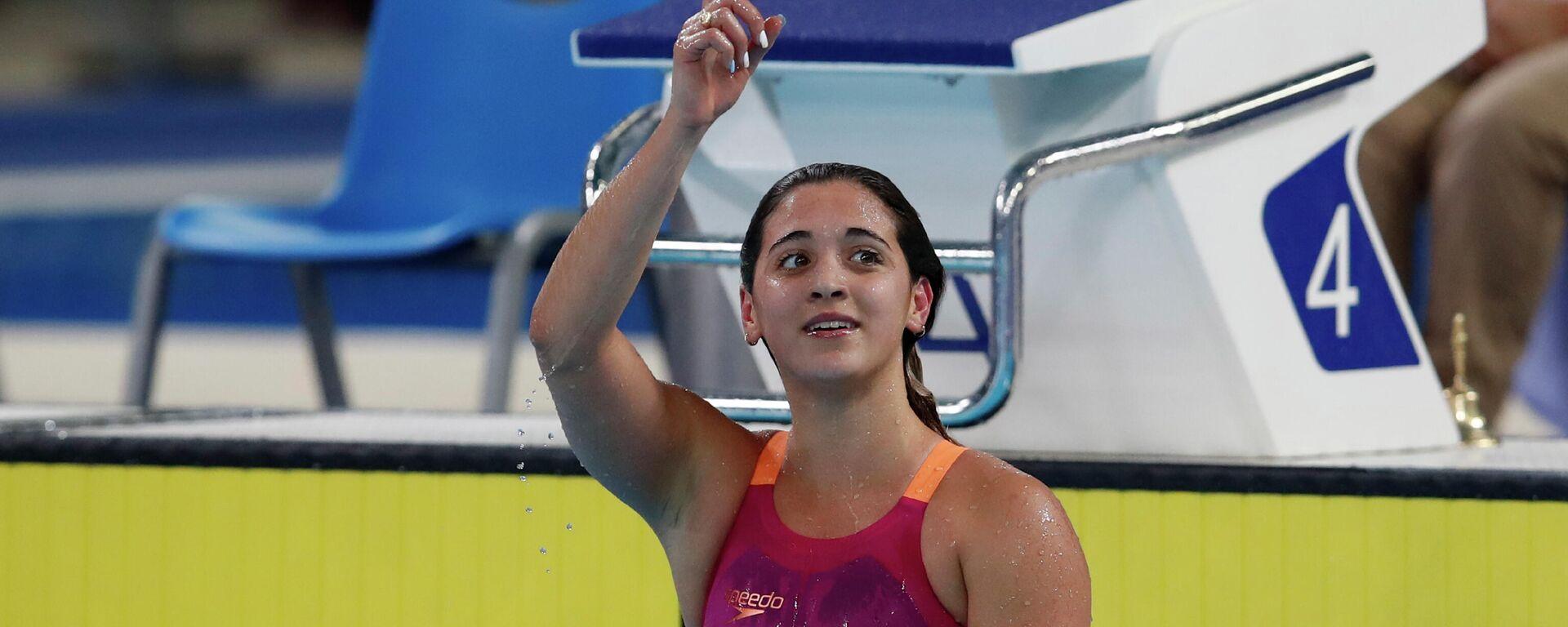 La nadadora argentina Delfina Pignatiello tras ganar una medalla de oro en los Juegos Panamericanos de Lima en 2019 - Sputnik Mundo, 1920, 03.08.2021