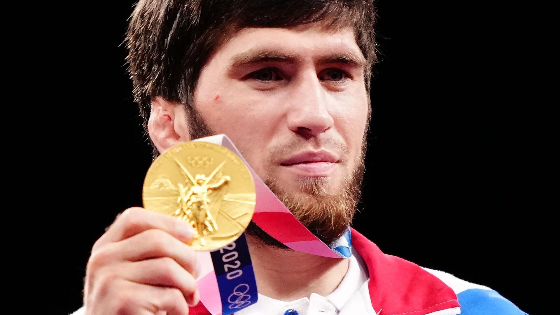 Zavur Uguev, luchador ruso - Sputnik Mundo, 1920, 05.08.2021