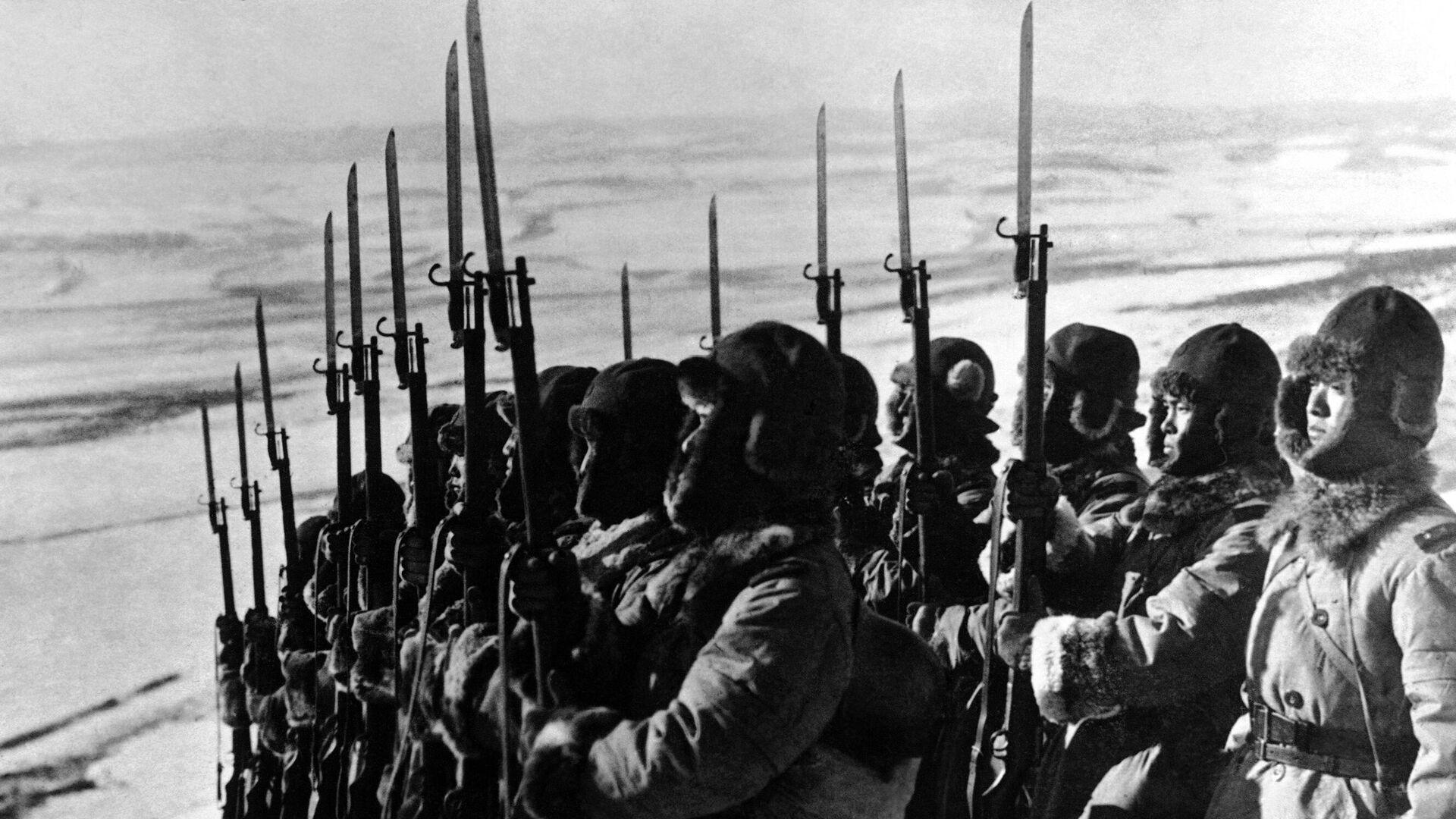 Soldados japoneses cerca de la frontera de la URSS, en Siberia - Sputnik Mundo, 1920, 09.08.2021
