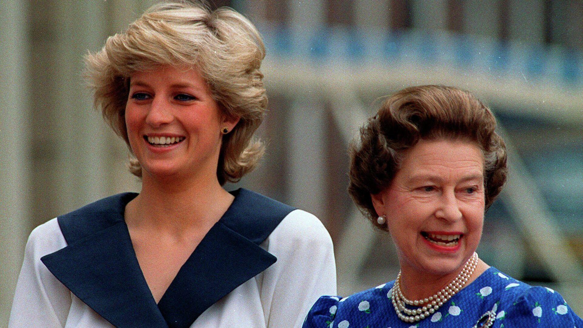 La princesa diana y su suegra, la reina Isabel II, en 1987 - Sputnik Mundo, 1920, 08.08.2021