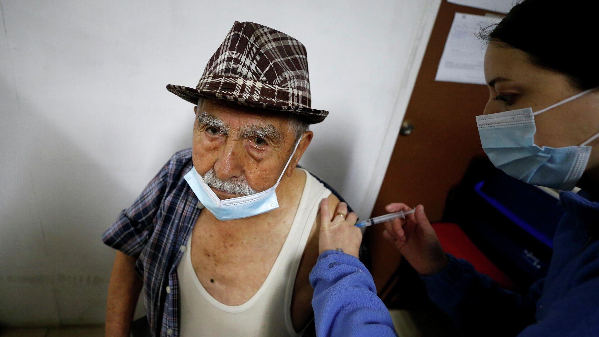 Vacunación en Chile - Sputnik Mundo, 1920, 26.08.2021