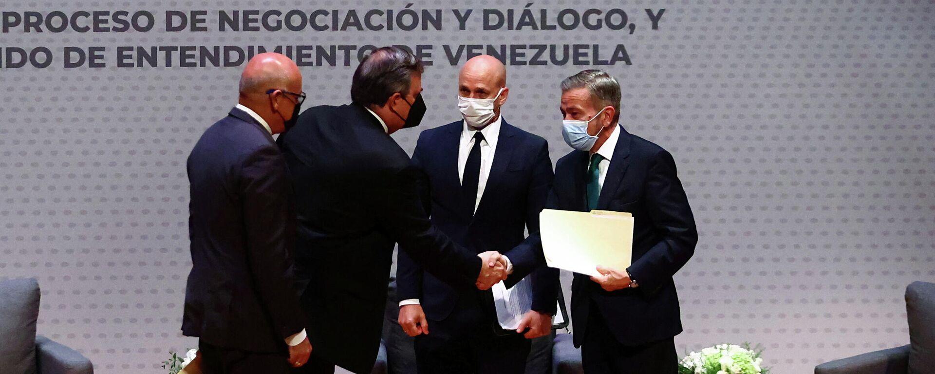 Representantes de Gobierno y oposición de Venezuela firman memorando de entendimiento - Sputnik Mundo, 1920, 18.08.2021