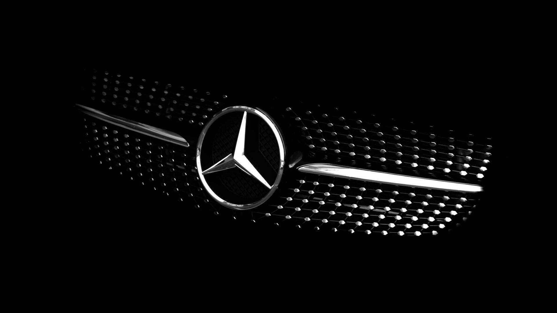 La parte delantera de un automóvil de la marca Mercedes Benz - Sputnik Mundo, 1920, 14.08.2021