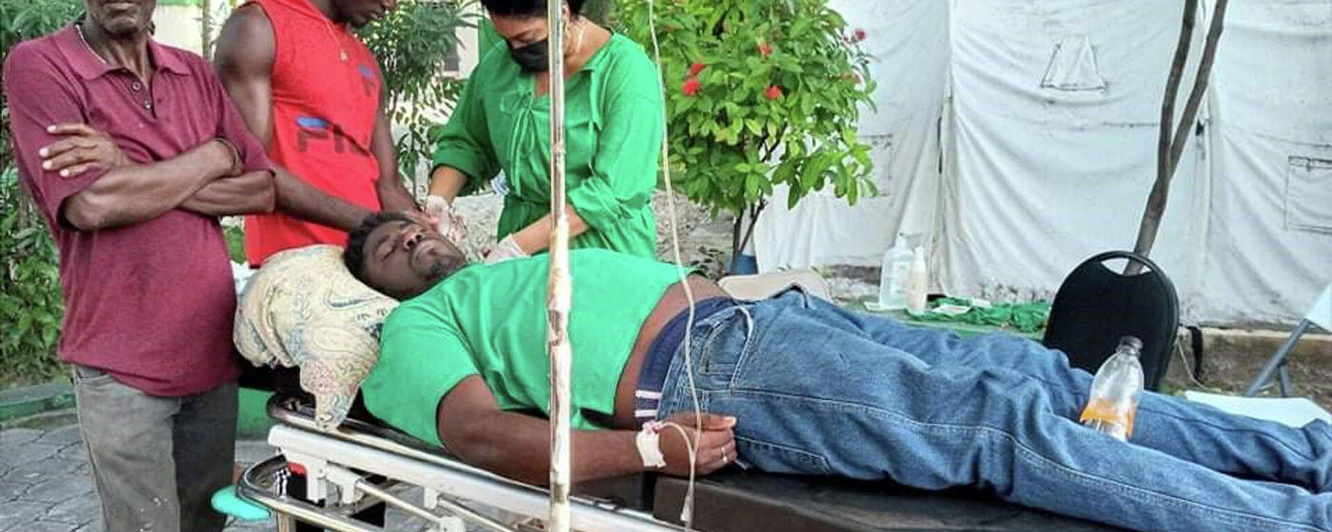 Brigada médica cubana en Haití brinda atención de primeros auxilios a damnificados por terremoto - Sputnik Mundo, 1920, 15.08.2021