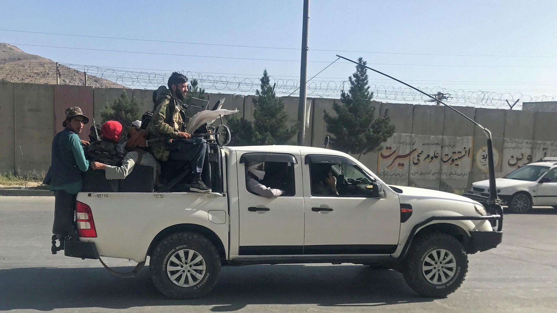 Talibanes en Kabul - Sputnik Mundo, 1920, 01.09.2021