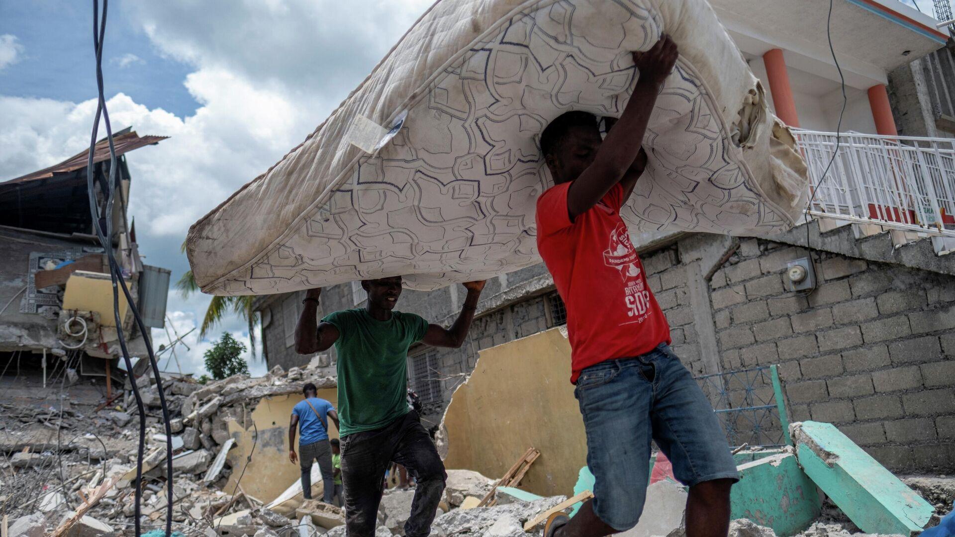 Un terremoto en Haití - Sputnik Mundo, 1920, 30.08.2021