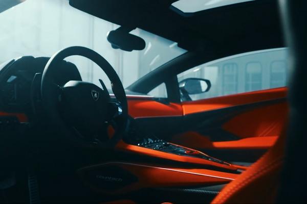 El interior del Lamborghini Countach LPI 800-4 - Sputnik Mundo