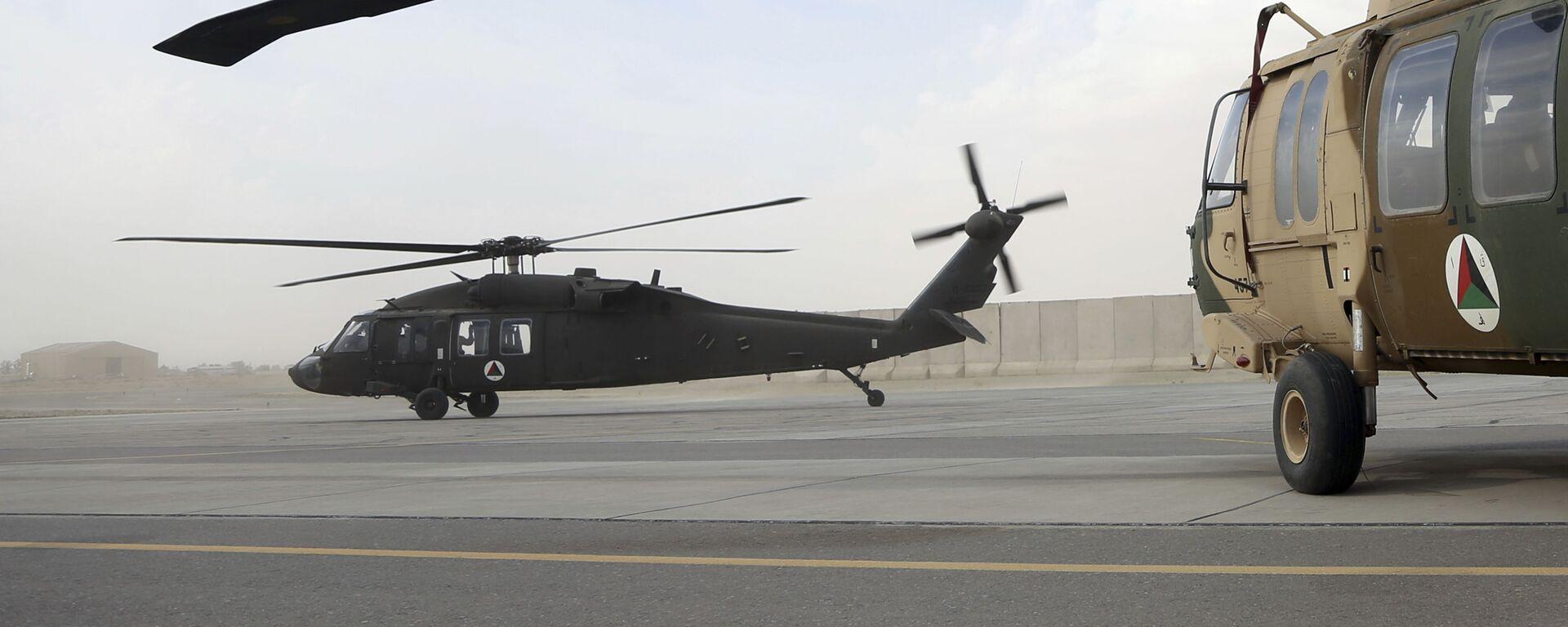 Американский вертолет UH-60 Black Hawk в Афганистане. Архивное фото - Sputnik Mundo, 1920, 23.08.2021