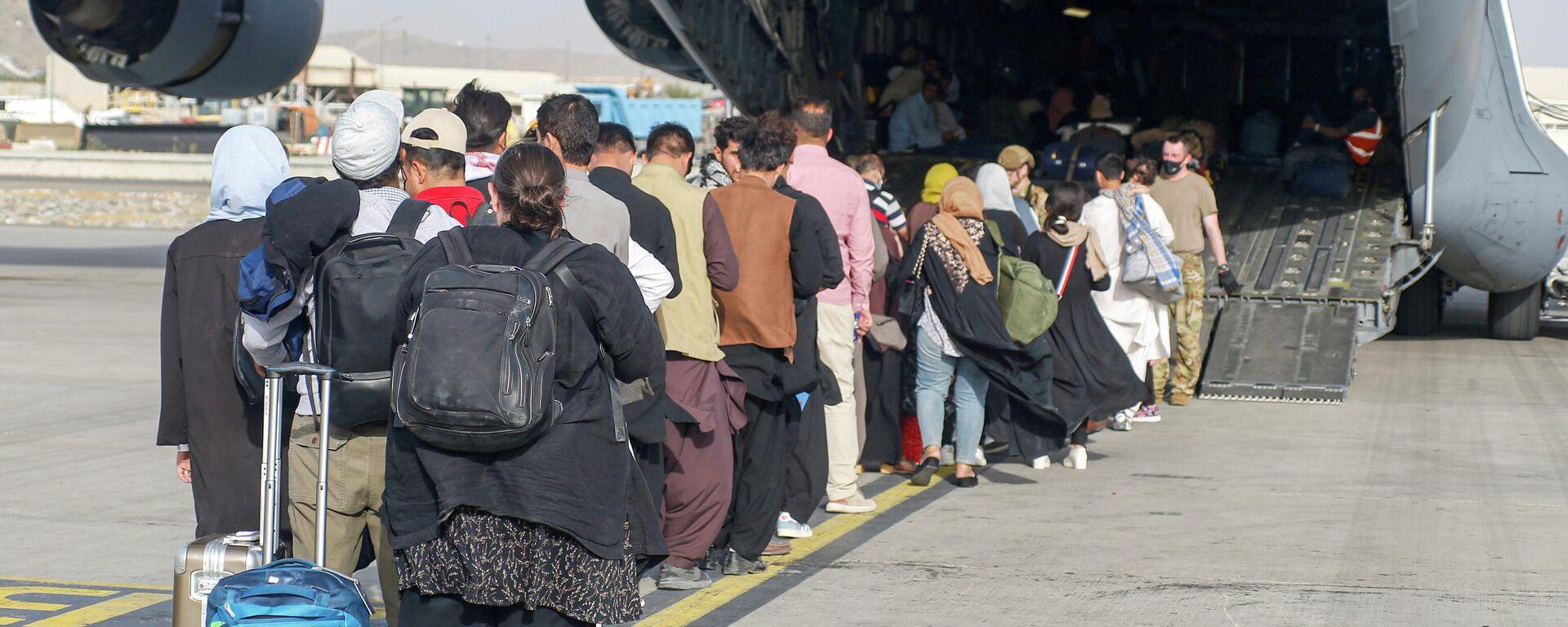 Las evacuaciones en Kabul, Afganistán - Sputnik Mundo, 1920, 25.08.2021