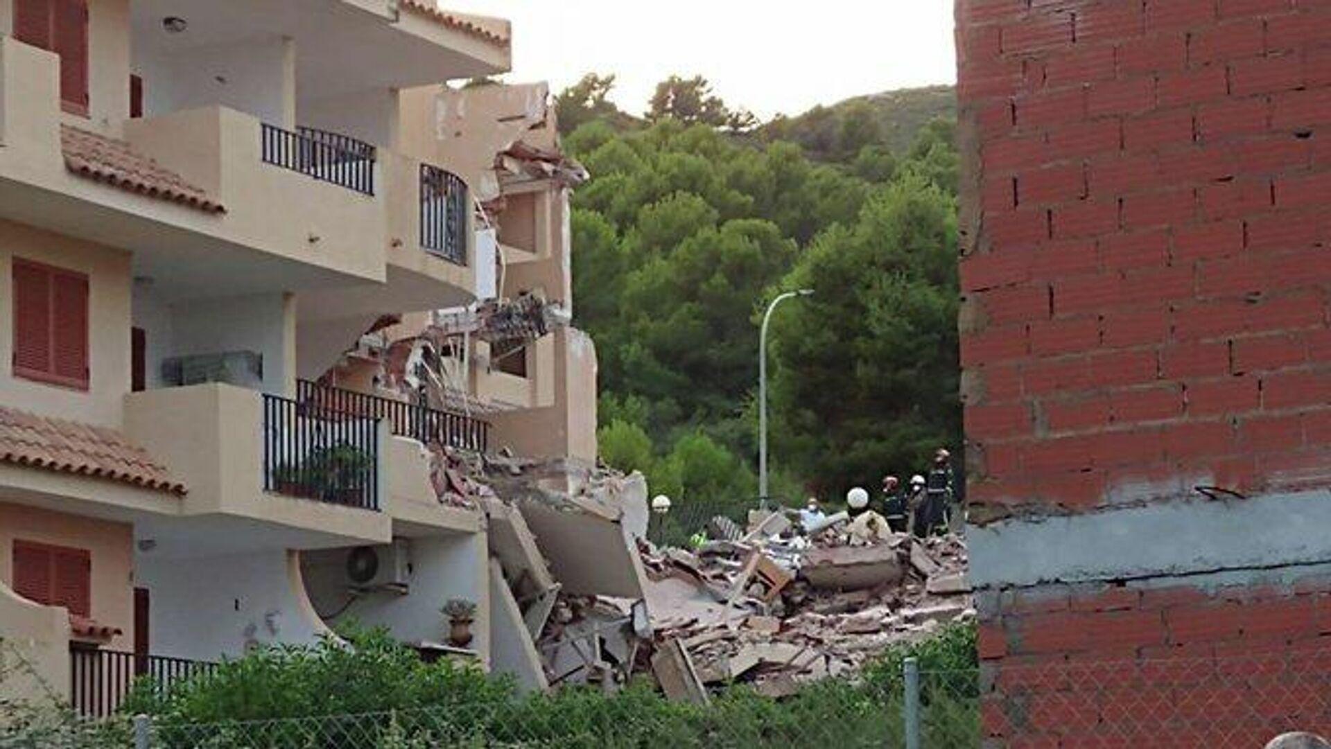 Se derrumba un edificio en Peñíscola, Castellón - Sputnik Mundo, 1920, 25.08.2021
