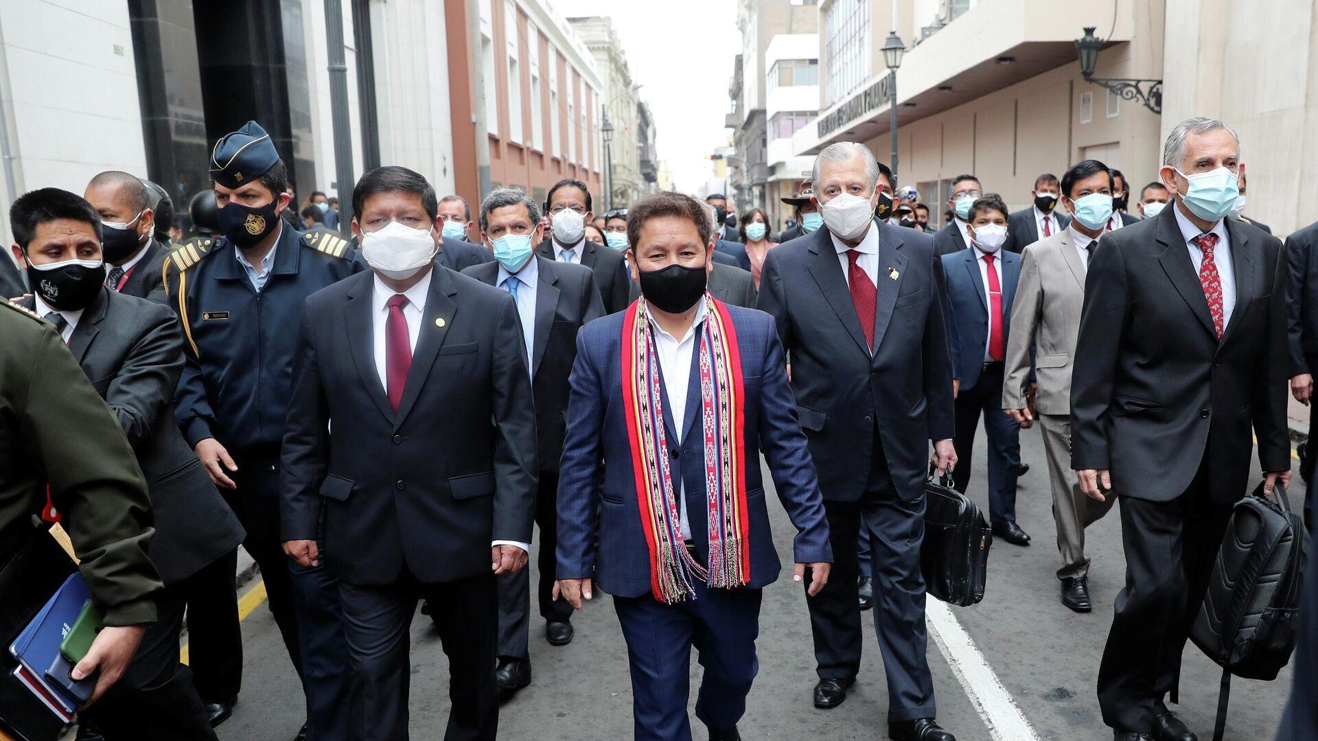 El primer ministro peruano, Guido Bellido, arriba al Congreso - Sputnik Mundo, 1920, 27.08.2021