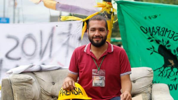El joven colombiano Esteban Mosquera, que perdió un ojo por la represión policial en 2018 y fue asesinado en 2021 - Sputnik Mundo