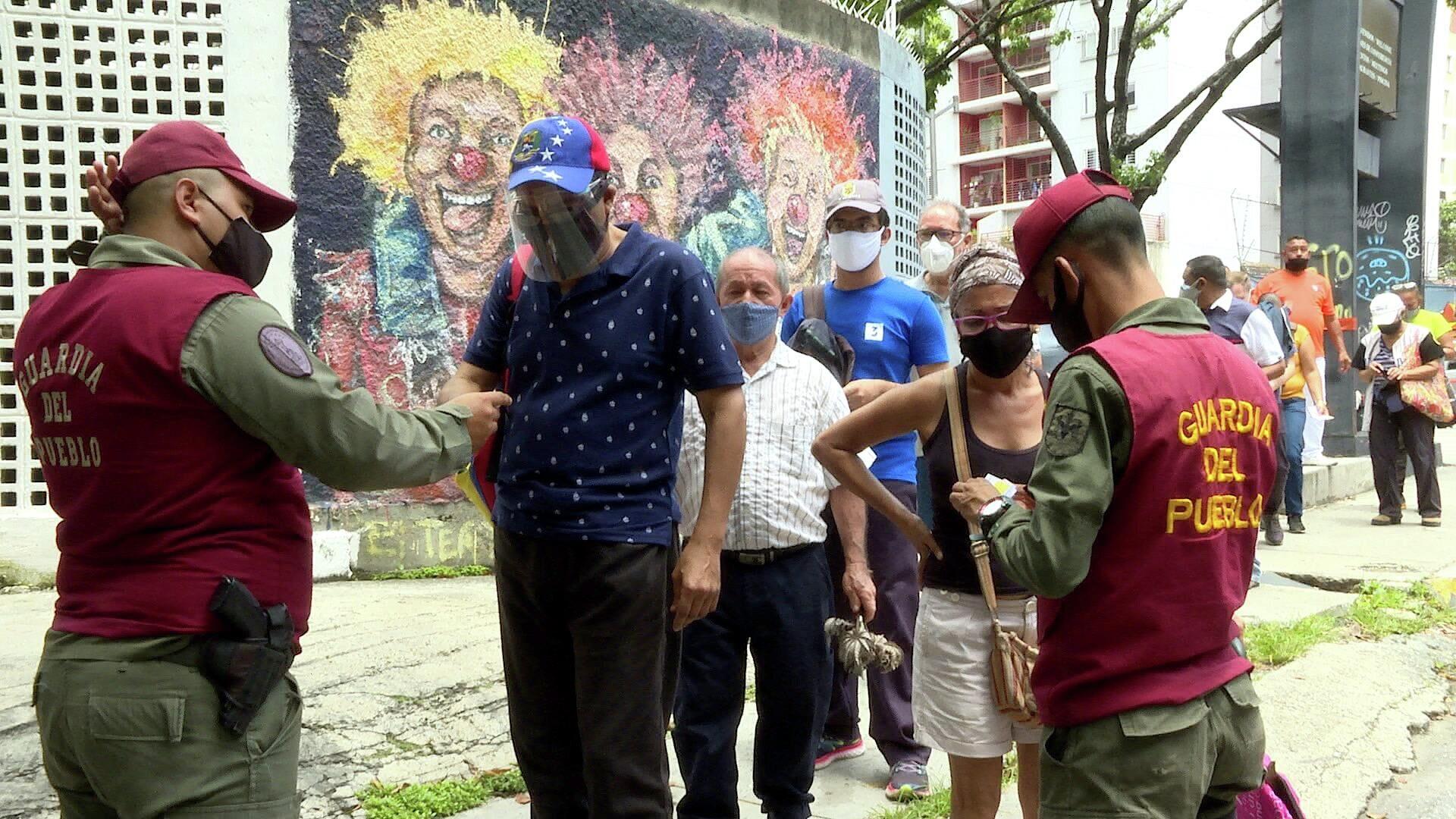 Nueva fase de vacunación en Venezuela con prioridad para las adultas y adultos mayores de 60 años - Sputnik Mundo, 1920, 01.09.2021