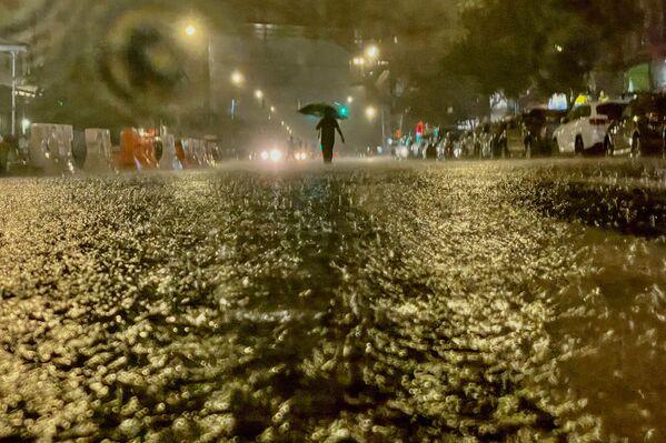 Lluvias torrenciales por la tormenta en Nueva York (EEUU). - Sputnik Mundo