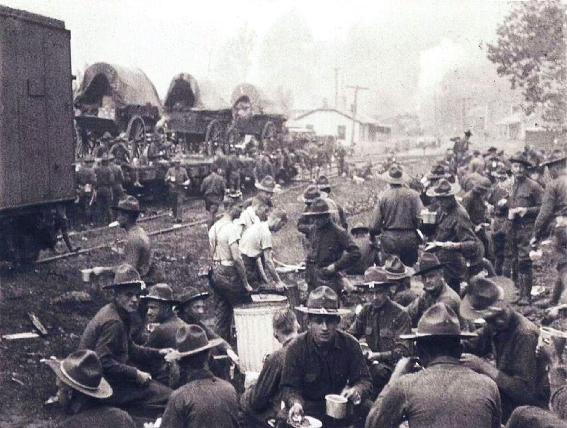 Soldados del Ejército de EEUU en Virginia Occidental - Sputnik Mundo, 1920, 02.09.2021