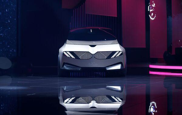 BMW sorprendióa los visitantes de la IAA 2021 de Múnich con su prototipo iVisionCirCular creado con materiales reciclables. - Sputnik Mundo