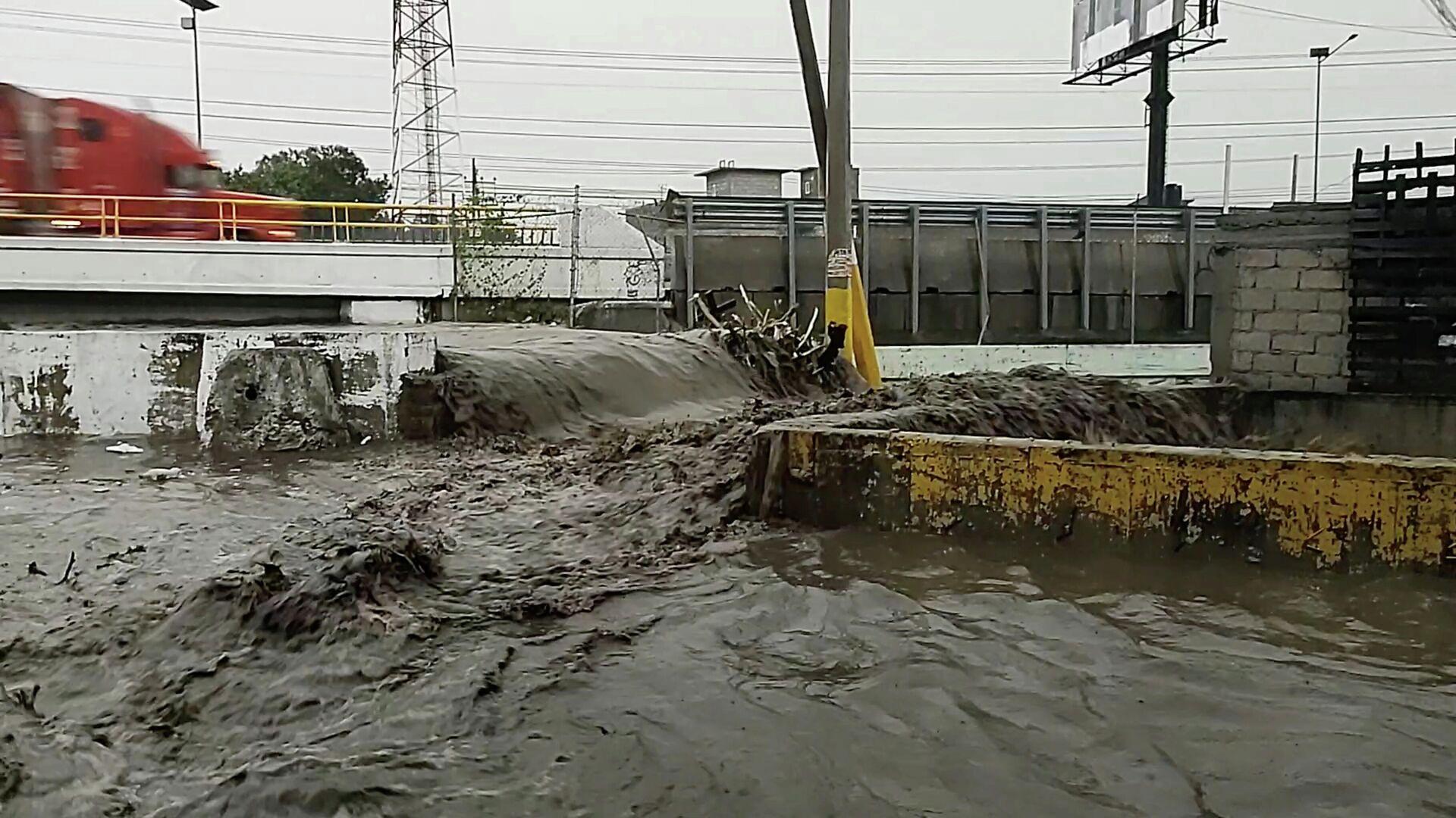 La inundación en centro de México - Sputnik Mundo, 1920, 07.09.2021