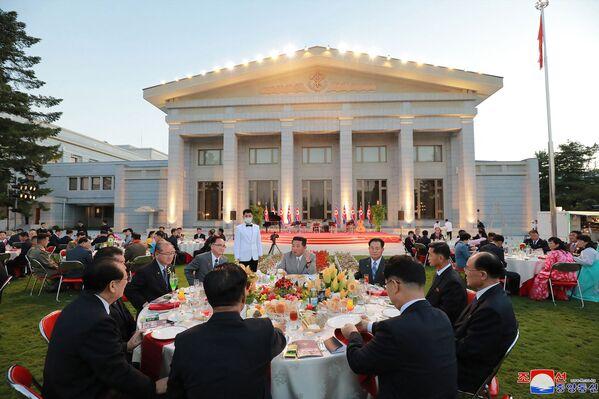 En octubre de 2020, las autoridades norcoreanas celebraron un gran desfile militar en Pyongyang para conmemorar el 75 aniversario de la fundación del Partido de los Trabajadores de Corea. - Sputnik Mundo
