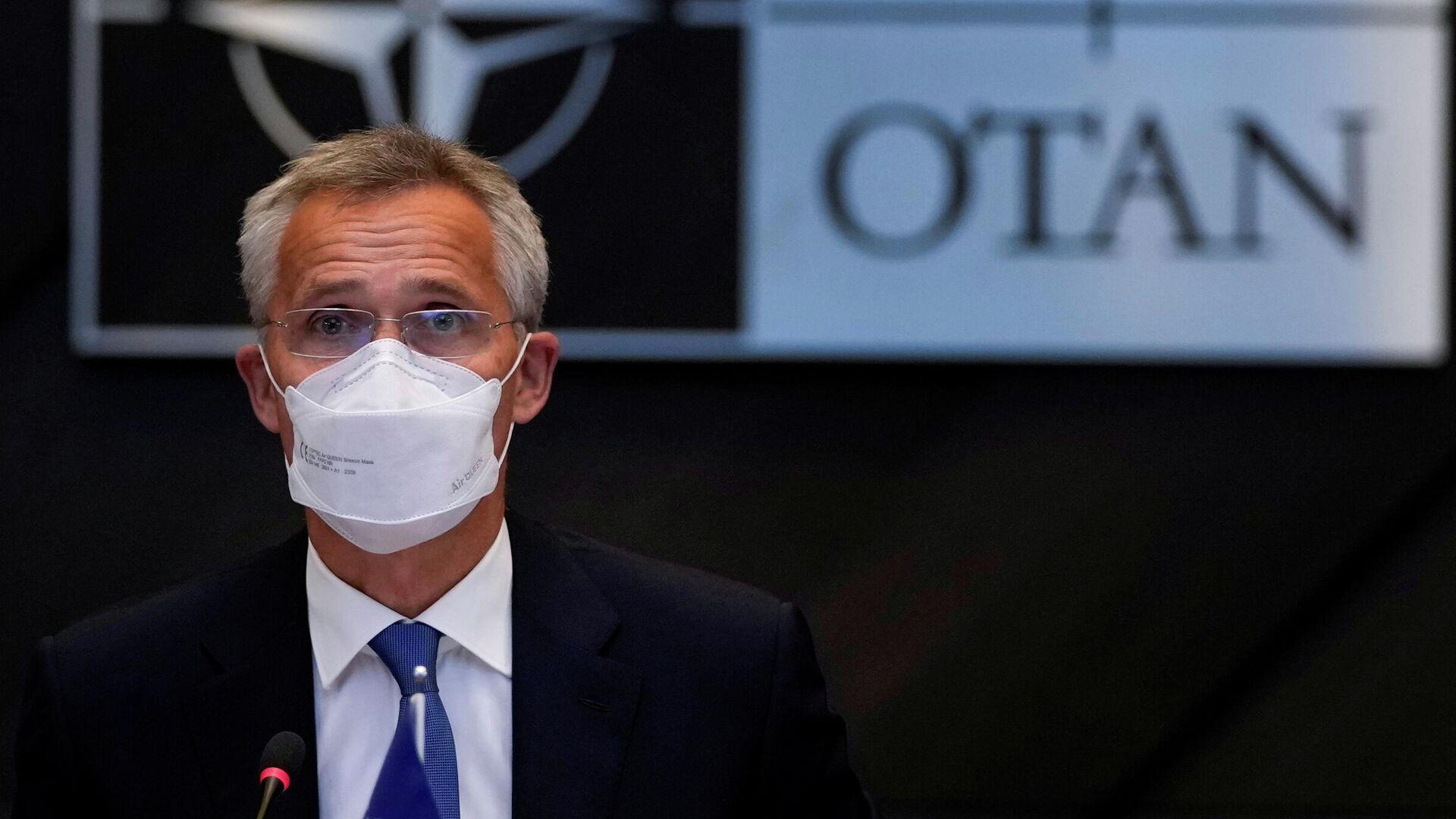 El secretario general de la OTAN, Jens Stoltenberg, habla durante una reunión virtual de ministros de Relaciones Exteriores de la OTAN sobre la situación en Afganistán, en la sede de la OTAN en Bruselas, Bélgica, el 20 de agosto de 2021 - Sputnik Mundo, 1920, 11.09.2021