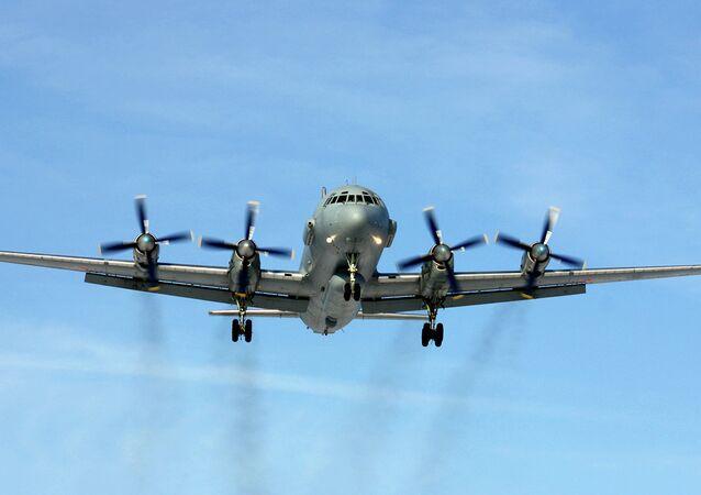 El avión Il-20