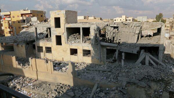 EEUU y aliados lanzan en tres días 20 ataques aéreos al Estado Islámico en Siria e Irak - Sputnik Mundo