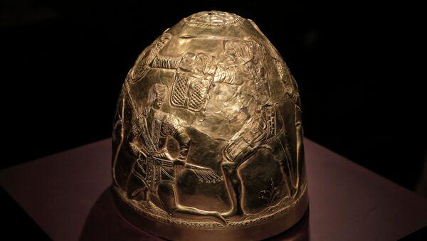Uno de los objetos de la muestra Crimea: oro y secretos del Mar Negro en la galería Allard Pierson - Sputnik Mundo