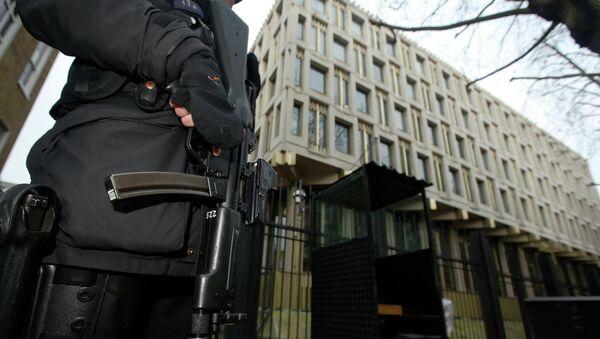 Se exige investigación sobre presunta participación de Reino Unido en torturas de la CIA - Sputnik Mundo