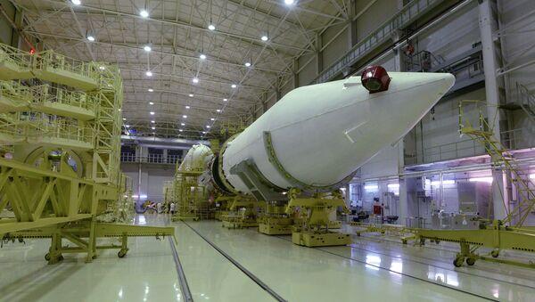 El cohete pesado ruso Angará puede realizar su primer vuelo de prueba el 22 de diciembre - Sputnik Mundo