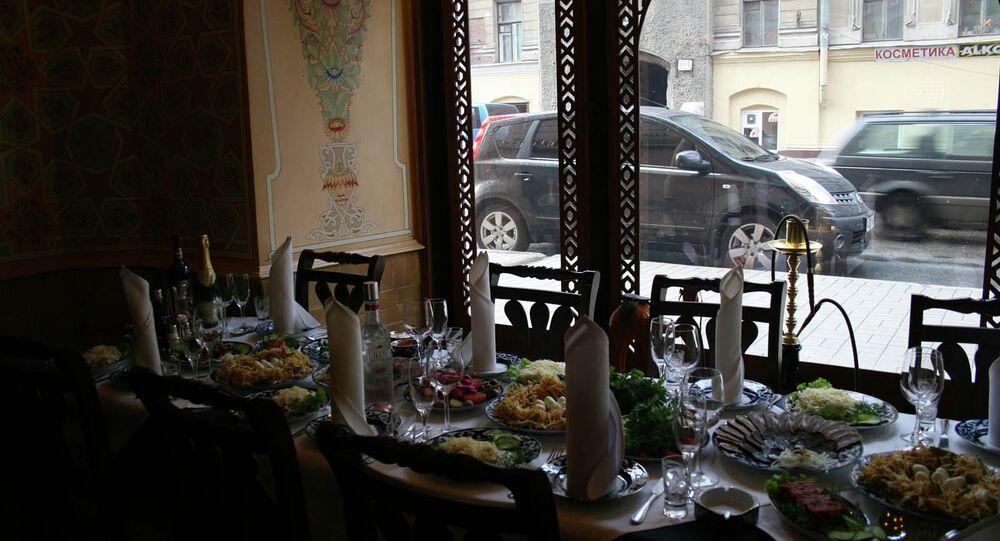 Diputado propone imponer límite a platos extranjeros en restaurantes rusos